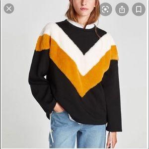 Zara Black Oversized Faux Fur Sweatshirt Sz S